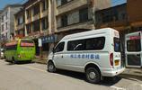 湖北宜昌:公交車和農村客運掠影 猇亭至枝江白洋鎮票價6元