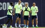 足球——西班牙國王杯:巴塞羅那賽前備戰