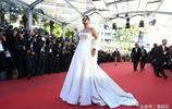 蕾哈娜亮相戛納電影節,氣場強大,女王範兒十足!