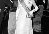 """細數女王伊麗莎白二世那些""""壕""""出天的精美王冠!"""