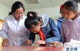 國際檔案日:西藏小學生體驗檔案保護工作