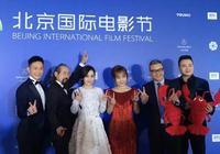 張兆輝帥氣亮相北京電影節 工作忙碌成空中飛人(天之水網)