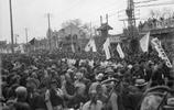 100年前老照片:圖4一戰結束後,北京市民拆掉了最恥辱的牌坊!