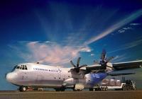 美國超級大力神運輸機試飛成功,說可出口中國