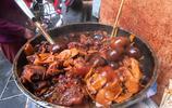 實拍廣州最有名的豬腳姜醋,15元一碗,大媽一天要賣好幾盤!