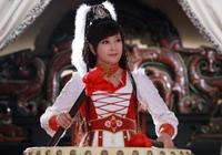 35歲演少女,路上被法國導演相中演女主,二婚嫁劉之冰幸福!