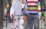 英倫女神西耶那米勒和前夫在紐約出街遛狗,已經分開兩年了