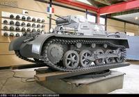 德國一號坦克和二號坦克和日本的小逗坦克那個弱?