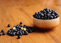 經常食用醋泡黑豆,到底是有什麼好處?黑豆用生的還是熟的呢