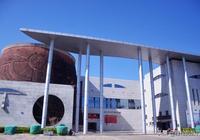 這裡有11個世居民族,200多萬少數民族人口,它的博物館是精髓!