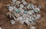 小意外,英國小夥子用金屬探測器發現了羅馬寶藏