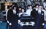實拍黃家駒墓地:生前是搖滾時代的風向標,死後墓碑24字叫人心疼