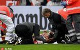 狼堡門將這膝撞太狠了 斯圖加特隊長根特納遭遇重傷