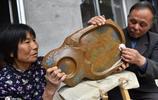 63歲農民玩石頭成藝術家,靠這手藝吃喝不愁,最貴一個賣6千元