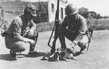 歷史老照片:1937年淞滬會戰時的日軍,這些都是侵略的證據!