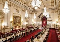 第一千金伊萬卡穿8萬藍裙赴宴,被指用力過猛,不如凱特王妃大方