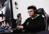 絕地求生:韋神玩吃雞手遊,開局被機器人嚇跑,PC玩家看後沉默了