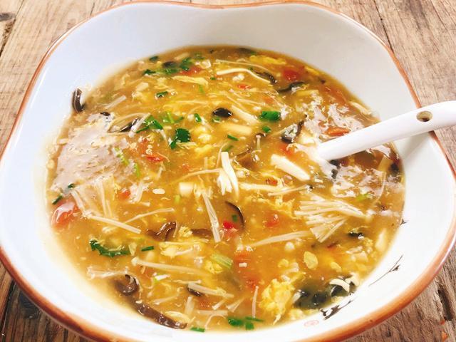 教你家常版的酸辣湯,酸辣鹹香,味道超級棒,做法原來這麼簡單