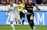足球——德甲聯賽:拜仁戰平勒沃庫森
