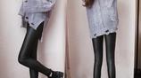 初秋剛至還傻傻穿闊腿褲?今年流行金秋打底褲,外穿顯瘦又保暖