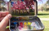 揣著手掌大的迷你小盒,她一路從舊金山畫到了西雅圖