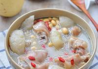 沒想到水果也可以用來煲湯,燉出的湯不但好喝還能美容養顏