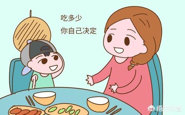 寶寶一歲多了,想讓他開始學習自己吃飯,請問應該給他做些什麼類型的不容易灑?