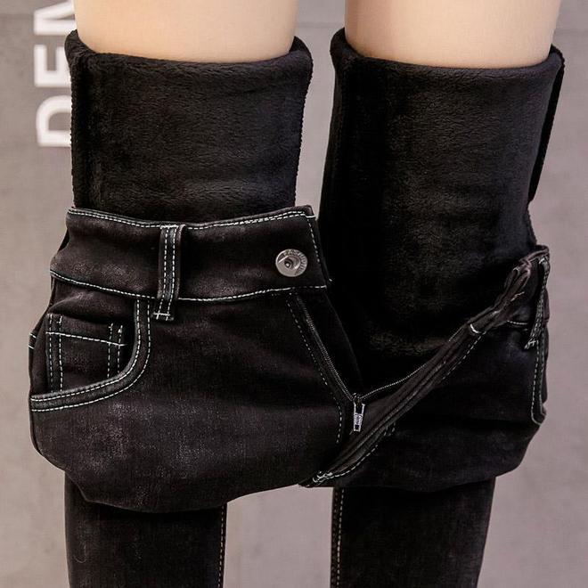 """天冷了,別再穿裙子!今年新出一款加絨""""鉛筆褲"""",保暖又顯腿瘦"""