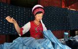 美女放棄高薪白領工作,回鄉做傳統手藝人,靠一塊布年入幾十萬