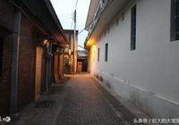《小巷》——顧城