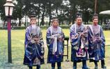 越南阮朝祭天上色彩照:文武百官身穿冕服,按周朝制度舉行