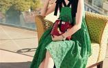 古力娜扎亮相米蘭時裝週,綠色蕾絲裙盡顯清新仙女範