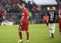 萊萬中柱裡貝里破門格納布里傷退,拜仁1-0RB萊比錫