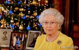 看完日本德仁天皇的辦公場所,再看看英國女王,兩者風格迥異