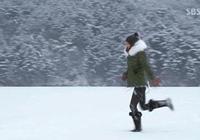 想在冬天告別羽絨服,不妨嘗試一下派克大衣吧!