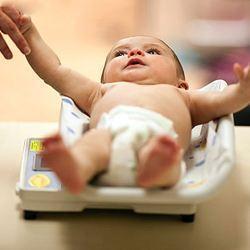 第一次體檢:寶寶42天體檢