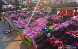 濟南柳埠大集上的服裝鞋帽,價格實惠種類齊全,你會買嗎?