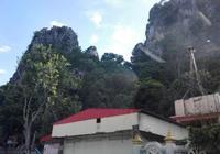 泰國有個村,村裡有個廟