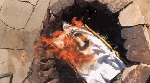戈貝爾狂懟海沃德?焚燒爵士20號球衣!猶他球迷憤怒無比