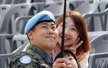 韓赴黎巴嫩維和部隊歡送儀式舉行 士兵吻別妻兒