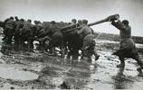 """老照片:被包圍在斯大林格勒的德軍,從""""打地鼠""""變成""""冰凍鼠"""""""