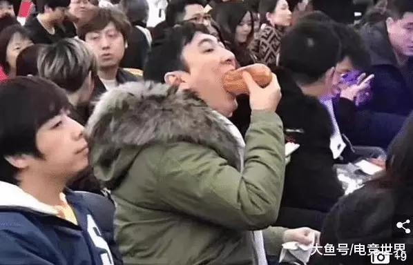 王思聰熱狗頭像被美年達商用,上演現實版西虹市首富