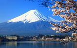 天氣好的時候在東京登高就能望見美麗的富士山