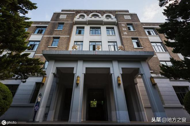 中國最溫和的985大學,70年沒合併過兄弟院校,網友:好大學