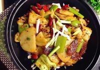 吃幹鍋的時候總是喜歡點土豆,但其實幹鍋土豆很好做,買你就虧了