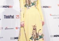 張慧雯穿2萬大牌裙現活動,沒想到撞上劉亦菲,瞬間被秒成路人!