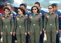 中國女飛行員,萬里高空中最美的女子,你服不服?