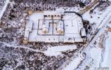 夏天到了,晒一晒《闖關東》的拍攝外景地,朱家大院的冬天