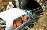 直擊山西煤老闆父親的葬禮:私家車做陪葬品,只為圓父親生前遺願