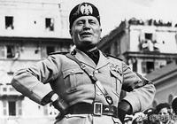 """墨索里尼是如何跟著德國""""撿裝備""""的?"""